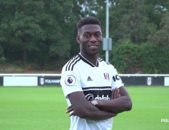 Pemain Tercepat Timothy Fosu-Mensah (Fulham)